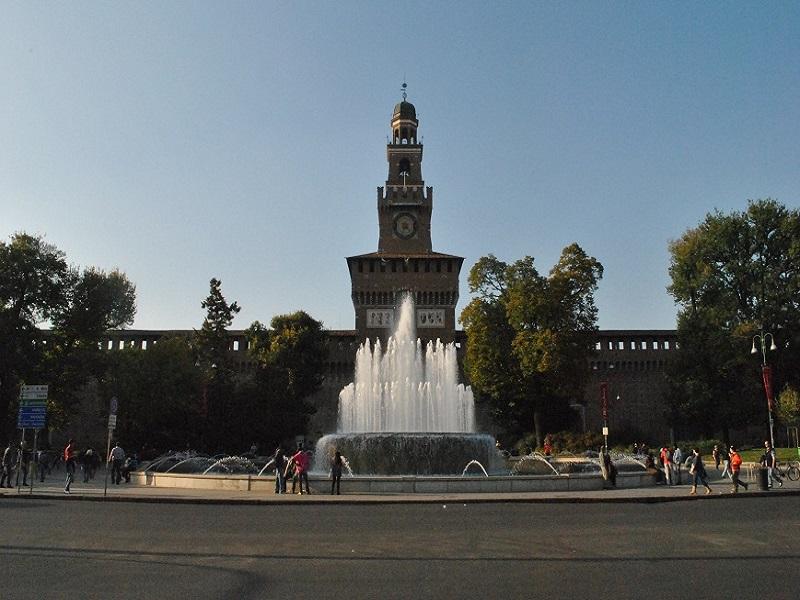 castello-sforzesco-milano-lombardia