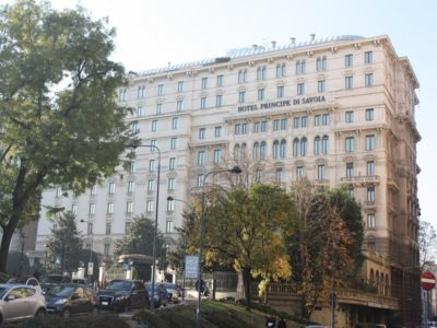 hotel-principe-di-savoia-esterno-milano-seconda-movie-walks