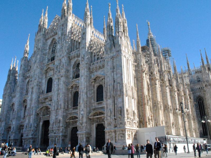 Piazza Duomo - Milano Italy Movie Walks