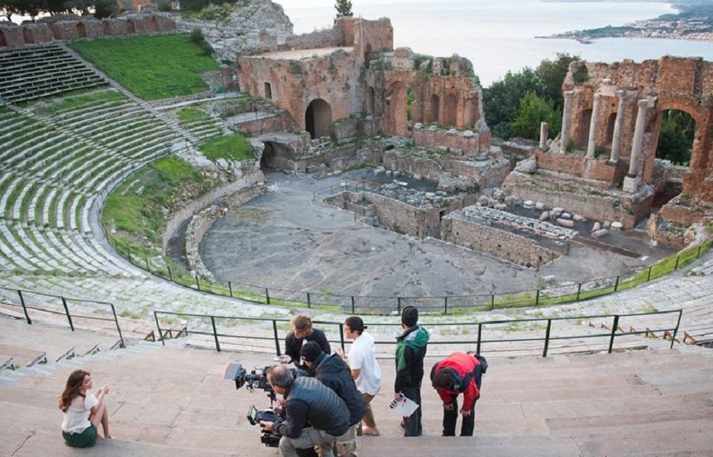 Anfiteatro Grande di Taormina con Martina Stoessel in Tini - La nuova vita di Violetta