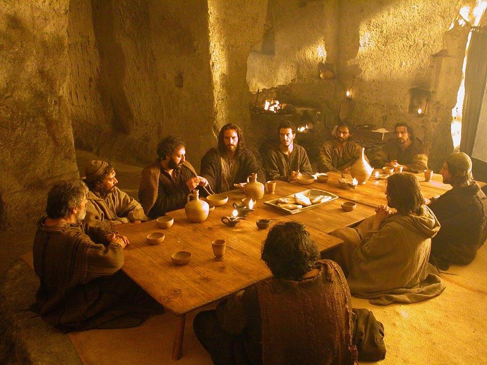 la-passione-di-cristo-gesu-ultima-cena-jim-caviezel