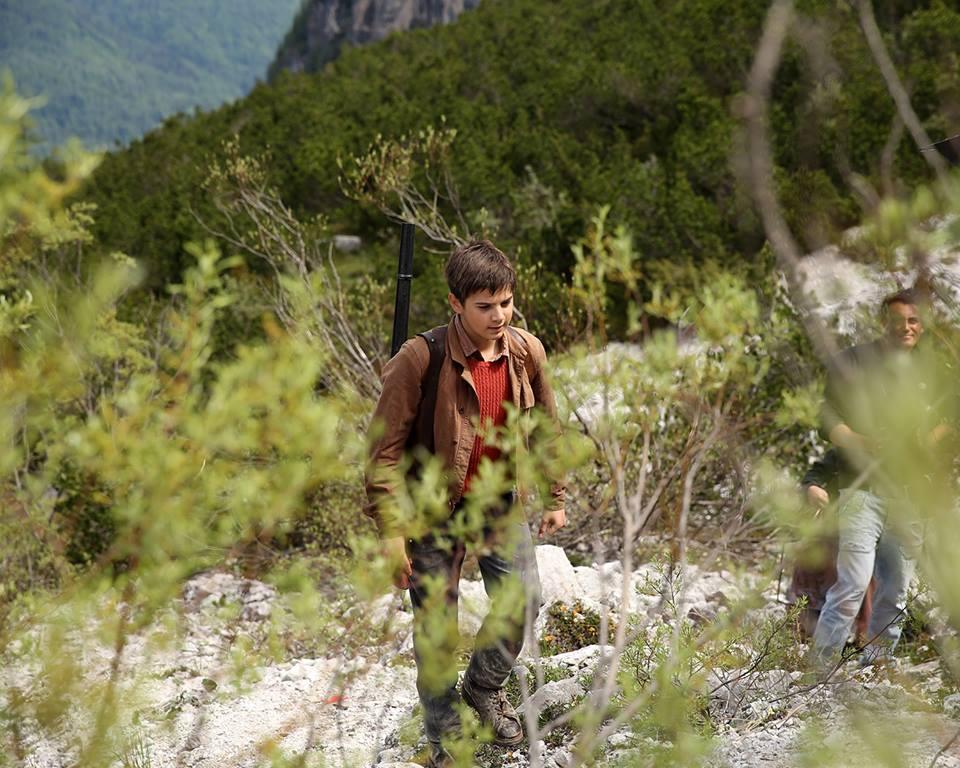 la-pelle-dell-orso-leonardo-mason-domenico-italy-movie-walks