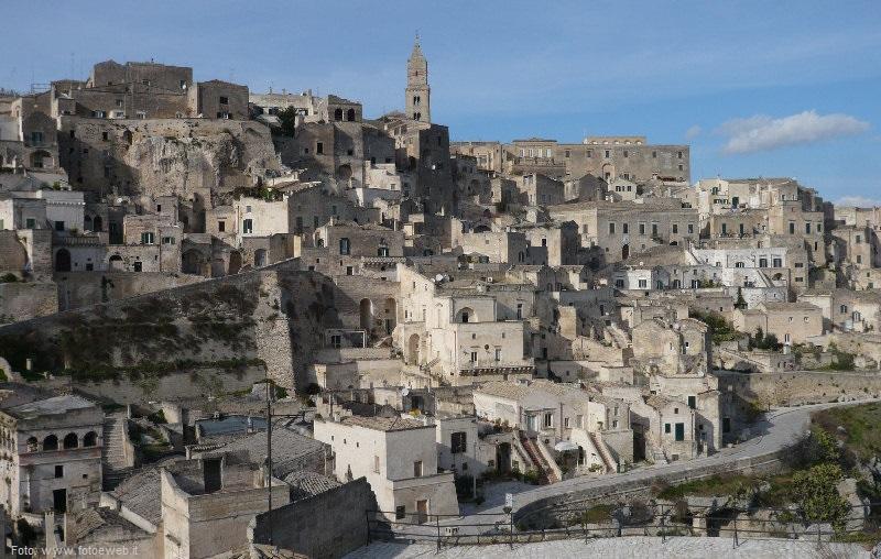 sassi-matera-via-madonna-delle-virtù-italy-movie-walks