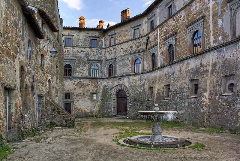 Castello di Montecalvello la fontanina